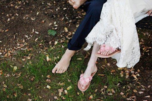 romantic-spring-wedding-outdoor-venue-barefoot-bride-groom.full